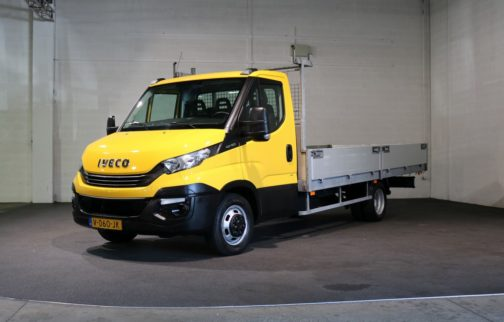 Iveco Daily 40C15 Open Laadbak 3.5T Trekhaak (Bakmaten: 480cm lang, 214 cm breed)